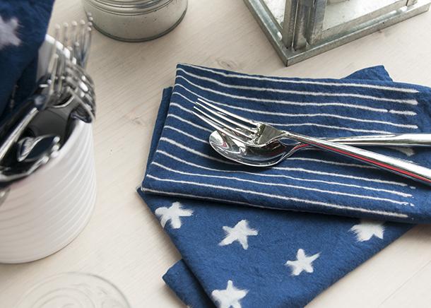 DIY stars and stripes napkins