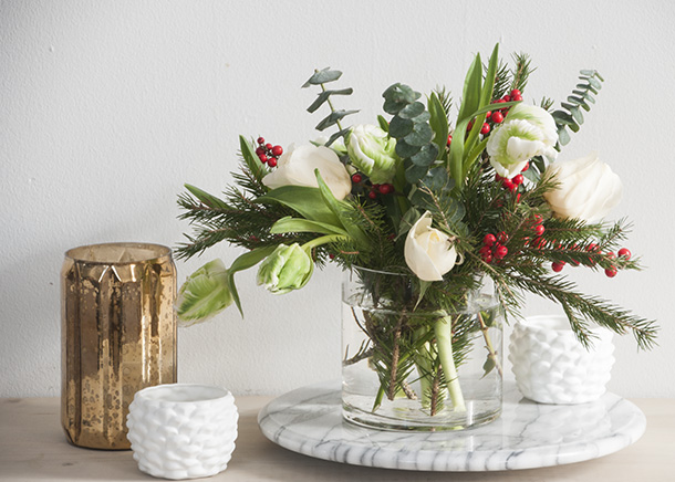 No poinsettias for christmas earnest home co for Poinsettia arrangements